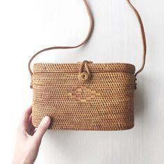 Shoulder Bags Supply Women Straw Bag Bohemian Rattan Beach Handbag Handmade Kintted Crossbody Bucket Bags Summer Tassel Beach Bag Price Remains Stable Luggage & Bags