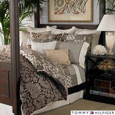 @Overstock - This 150 thread count duvet cover set features a beautiful paisley pattern and includes two shams. The cotton sateen duvet cover may be reversed to a positive to negative pattern.http://www.overstock.com/Bedding-Bath/Tommy-Hilfiger-House-on-a-Hill-3-piece-Duvet-Cover-Set/7123620/product.html?CID=214117 $67.99