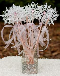 Frozen Party Winter Onederland White and Pink Snowflake Wands Centerpiece Table Decoration set of 10 The post Winter Onederland Birthday Party Decorations – Winter Themed Baby Shower Decorations – Snowflake Wands appeared first on Dekoration. First Birthday Winter, Winter Birthday Parties, Frozen Birthday Party, 1st Birthday Girls, Birthday Party Decorations, Christmas Decorations, Frozen Party, Winter Party Decorations, Birthday Ideas
