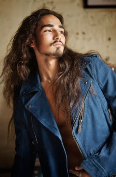 Willy Cartier's hair