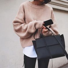 Autumn style with a pink sweater - fall inspo - Roupas Infantis Mode Outfits, Fall Outfits, Casual Outfits, Fashion Outfits, Fashion Trends, Fashion Ideas, Club Outfits, Sport Fashion, Look Fashion