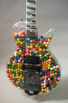 Sometimes music HAS to be sweet... the mellow sound of guitar :) www.chitarra-genova.it