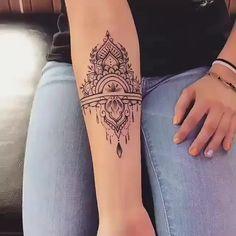 tattoos between chest small * tattoos between chest ; tattoos between chest small ; tattoos between chest black girl ; tattoos between chest flowers ; tattoos between chest ideas Cute Tattoos, Unique Tattoos, Beautiful Tattoos, Small Tattoos, Girl Tattoos, Girl Forearm Tattoos, Henna Tattoo Designs Simple, Medium Tattoos, Awesome Tattoos
