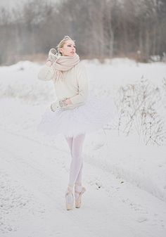 #snow #pointe #ballerina