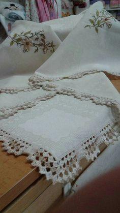 Lace Doilies, Crochet Doilies, Crochet Lace, Crochet Boarders, Wedding Tablecloths, Heirloom Sewing, Chrochet, Baby Blanket Crochet, Crochet Projects