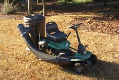 Riding lawn mower bagger ible/ DIY