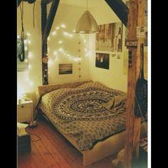 love this boho room
