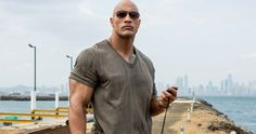 Dwayne Johnson stars as a veteran who tries to save as many people as he can when the world's largest building catches fire in Skyscraper. Dwayne The Rock, The Rock Dwayne Johnson, Rock Johnson, San Andreas, Ronald Reagan, Clint Eastwood, Bodybuilder, The Rock Muscles, Vanity Fair