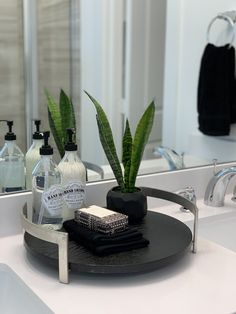 Simple Staging Ideas Master Bathroom Simple Staging Ideas How Acoustical Foam Improves Soundproofing Bathroom Staging, Kitchen Staging, Master Bathroom, Bathroom Ideas, Home Staging Companies, Home Staging Tips, Home Improvement Projects, Home Projects, New Home Checklist