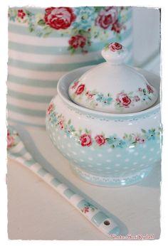 Greengate Summer 2013 - love this little sugar bowl