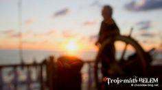 Sunset sur la barre du Belem... Photo: Khun DiDi