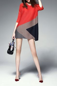 Shop agd red color block trapeze dress here, find your mini dresses at dezzal, huge selection and best quality. Simple Dresses, Casual Dresses, Short Dresses, Mini Dresses, Hijab Fashion, Fashion Dresses, Color Blocking Outfits, Mode Hijab, Western Dresses