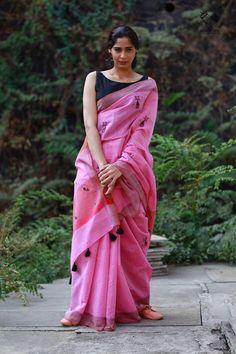 Indian Sarees, Bengali Saree, Bollywood Saree, Sabyasachi, Bollywood Fashion, Saree Look, Red Saree, Handloom Saree, Banarsi Saree