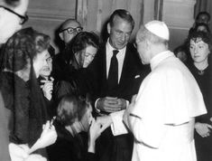 Google Image Result for http://www.adherents.com/images/GaryCooper_with_Pope.jpg