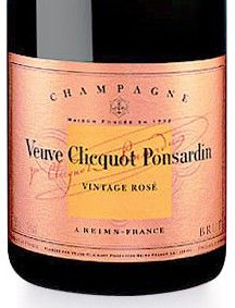 """Champagne Veuve Clicquot, his favorite "" outside the dinners was the Champagne - Veuve Clicquot only - or port, ""says Celeste Albaret who assisted in his daily life in 1914 and 1922 in Monsieur Proust."""