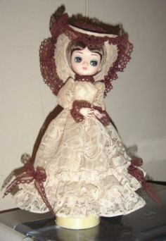 Vintage Bradley Music Box Doll Big Eyed Girl Lace Dress & Hat Plays Feelings