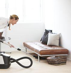 Støvsugeren er en virkelig nyttig hjælper, når det gælder rengøringen - og her får du 5 gode tips, som får dig til at holde endnu mere af den!