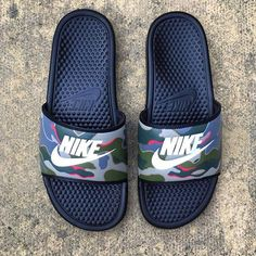 Infrared Camo Slides⠀ ⠀ Customs made by Custom Painted Shoes, Custom Shoes, Sock Shoes, Shoe Boots, Latest Nike Shoes, Cute Slides, Nike Slippers, Aesthetic Shoes, Kinds Of Shoes
