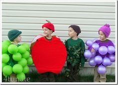 """Gorgeous/Graceful Grapes"" fruit - using balloons"