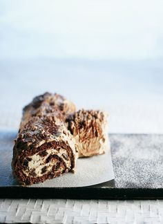 Jouluhalko | Joulu | Pirkka  #food #christmas C'est Bon, Sweet Recipes, Cake, Banana Bread, Sweet Tooth, Sweet Treats, Food And Drink, Sweets, Cookies