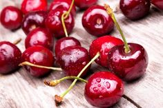 Good Foods to Eat and Bad Foods to Avoid in Your Psoriatic Arthritis Diet Fruit And Veg, Fruits And Veggies, Fresh Fruit, Vegetables, Fresh Mint, Fresh Cherry, Cherry Red, Frozen Cherries, Sweet Cherries