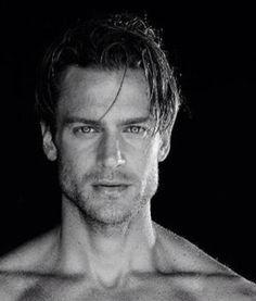 Jason Morgan, scruffy male model