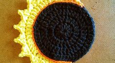 [Free Pattern] Celebrate The Eclipse With This Gorgeous Solar Eclipse Coaster - Knit And Crochet Daily