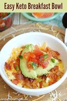 This easy Keto Breakfast Bowl is the perfect start to your morning! This easy Keto Breakfast Bowl is the perfect start to your morning! One of the protein packed breakfast recipes to get you started towards a gr. I Have Breakfast, Atkins Breakfast, Breakfast Bowls, Breakfast Ideas, Free Breakfast, Breakfast Cereal, Avocado For Breakfast, Mexican Breakfast, Breakfast Sandwiches