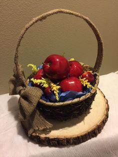 Snow White wedding centerpiece