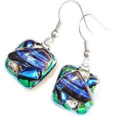 Kleine handgemaakte blauw-groene oorbellen van glas!