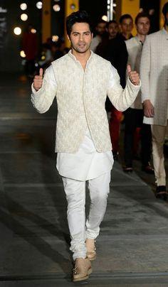 Varun Dhawan walks for Kunal Rawal at Lakme Fashion Week 2017 Day 1 is part of Wedding dresses men indian Varun Dhawan walks for Kunal Rawal at Lakme Fashion Week 2017 Day 1 - Wedding Kurta For Men, Wedding Dresses Men Indian, Indian Wedding Wear, Wedding Dress Men, Wedding Sherwani, Punjabi Wedding, Indian Weddings, Wedding Couples, Wedding Ideas
