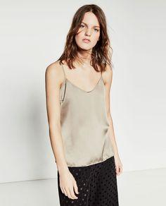 Imagen 2 de TOP COMBINADO RASO de Zara