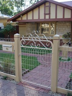 Heritage Fencing in Stepney, Adelaide, SA, Fencing Construction Side Gates, Front Gates, Entry Gates, Front Yard Fence, Fence Gate, Front Yard Landscaping, Fence Construction, Investment House, Timber Gates