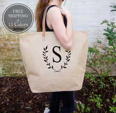 🍂 Here at Totes Burlap we offer 15+ tote colors and 6 design colors (see photos 2-5 for more details!)! 🍂 ► FREE SHIPPING! {no matter how many you buy!} ► Shop Our Bridal Party Sets here: http://etsy.me/2j3BwFO ► Join the VIP mailing list to receive exclusive discounts, sneak peeks +