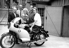 ErwinTragatsch (left) and other English friends visiting Anke-Eve Goldmann (right) and her new, Peel faired BMW R69S