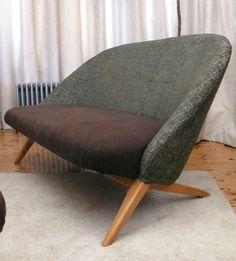 Mooie zeldzame artifort design fauteuil van theo ruth uit de jaren 39 50 houten frame groene - Sofa zitplaatsen zwarte ...