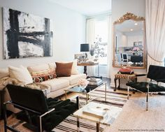 Living Room Nate Berkus Makeovers With Mirror Applying Nate Berkus Makeovers for Home Remodeling Project Living Room Photos, Home Living Room, Apartment Living, Apartment Therapy, Living Room Designs, Living Room Decor, Living Spaces, Chicago Apartment, Kitchen Living