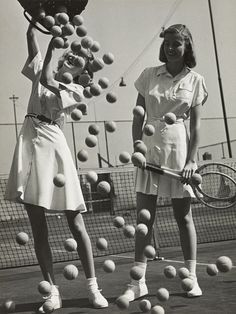 Hermann Landshoff. 'Tennis balls' with models Wanda Delafield and Peggy Lloyd c. 1945