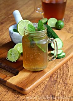 Iced Green Tea Mojito from Primally Inspired - A great way to help your liver detox