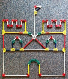 Knex kasteel Medieval World, Medieval Times, Castle Theme Classroom, Chateau Moyen Age, Make Your Own Game, Dragons, Classroom Inspiration, Eyfs, Kindergarten Classroom