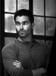 tyler hoechlin hq