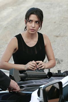 "Sameen Shaw in ""Pretenders"" Season 4 Episode 6"
