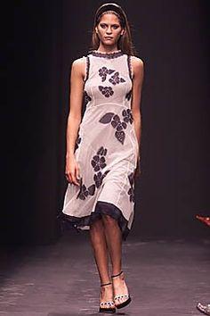 Alberta Ferretti Spring 2001 Ready-to-Wear Fashion Show - Frankie Rayder, Alberta Ferretti