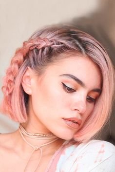 Catchy Braided Hairstyle Ideas for Girls Having Short Hair - Kurze Frisuren - Hochsteckfrisur Cool Braids, Braids For Short Hair, Short Hair Cuts, Simple Braids, Amazing Braids, Braided Hairstyles For Short Hair, Short Pixie, Curly Hair, Beautiful Braids