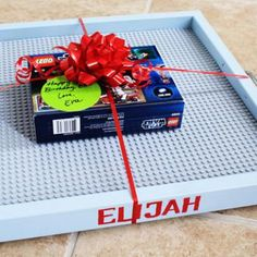 Personalized Lego Tray {Homemade Toys}