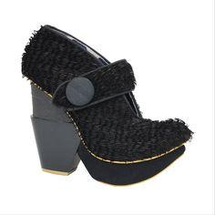 IRREGULAR CHOICE: Edina in Black