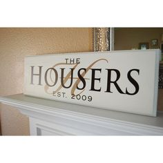 painted customed initial and THE HOUSERS diy family name wooden sign with date - hanging decor Painted Wooden Signs, Wooden Plaques, Wooden Diy, Wall Plaques, Vinyl Crafts, Vinyl Projects, Wood Crafts, Craft Projects, Craft Ideas