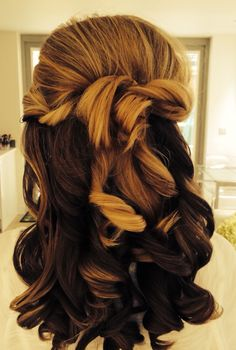 Wedding hair#soft curls#half up half down hair style#