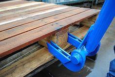 """Vestil SKB-DLX Deluxe Steel Pallet Buster with Handle, 41"""""""