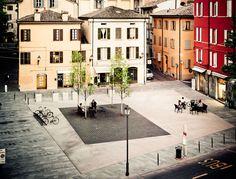 piazza XXIV maggio - reggio emilia
